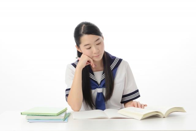 中学生は塾にいつから通うべきか